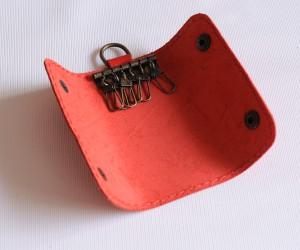 ключница шесть карабинов Кожа: кайзер