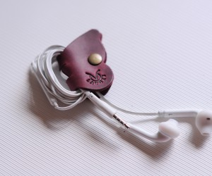 холдер для наушников Бабочка Кожа: крейзи хорс